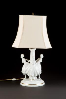 LAMPE MIT TANZENDEN FRAUEN