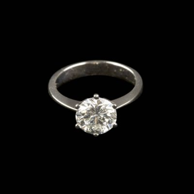 BEDEUTENDER BRILLANT-SOLITAIRE RING