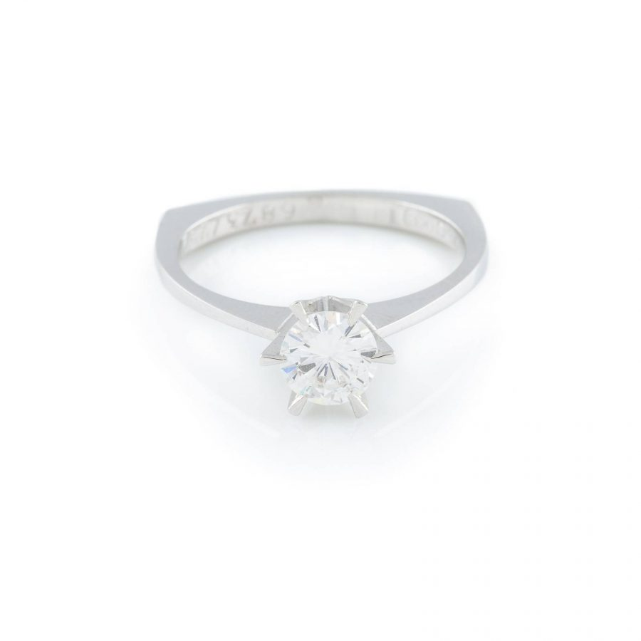 RING MIT BRILLANT-SOLITAIRE