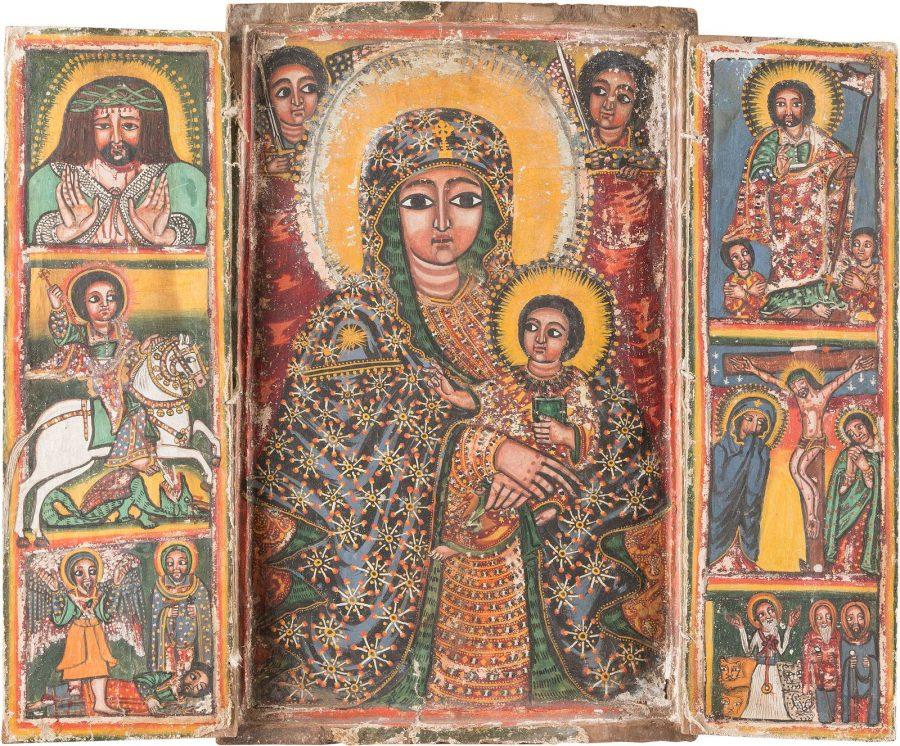 GROSSFORMATIGES KOPTISCHES TRIPTYCHON MIT DER GOTTESMUTTER, DER KREUIGUNG CHRISTI UND AUSGEWÄHLTEN HEILIGEN
